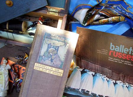 Inside_drawer_3