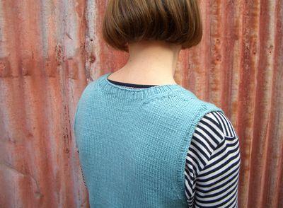 Kylie_knits_vest_02