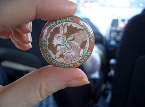 Magic_bunny_pin