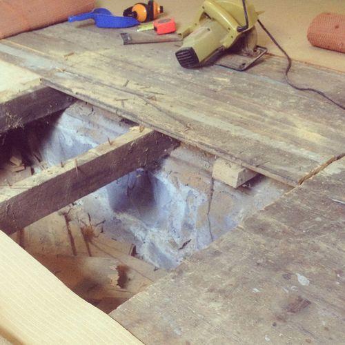 Gracialouise_floorboards