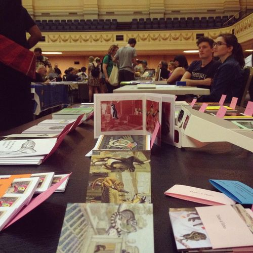 Gracilouise_sticky_zine_fair02