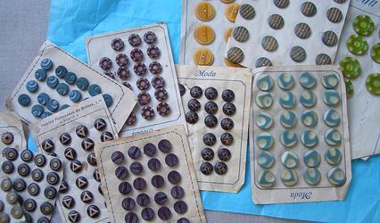 Paula_buttons1_3