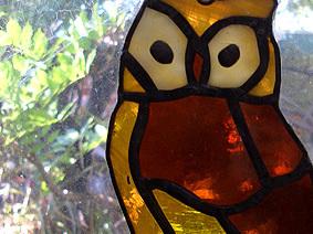 Yellow_owl_glass